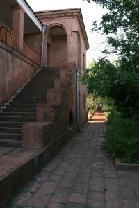 Viesnīcas ēka